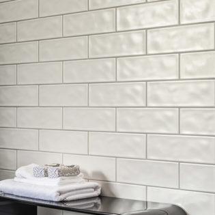 Wandfliesen im Brick-Design