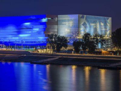 Keramikfliesen und spezielle Schwimmbadkeramik der Marke Agrob Buchtal kamen bei der Errichtung der Duna Aréna in Budapest zum Einsatz