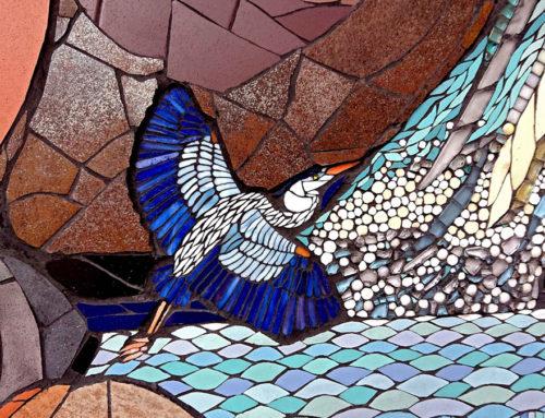 Keramische Mosaik-Kunst in PirmasensChilenische Künstlerin Isidora Paz-Lóz verwandelt ehemalige Felsentreppe in farbenfrohe Vogeltreppe