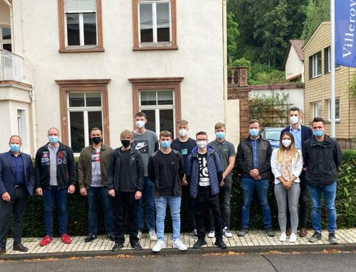 Ausbildungsstart 2021 bei der V&B Fliesen GmbHMerziger Keramikunternehmen freut sich über sieben Nachwuchstalente